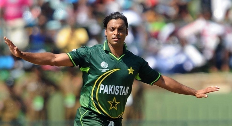 shoaib akhtar outranks everyone among fastest bowlers in world
