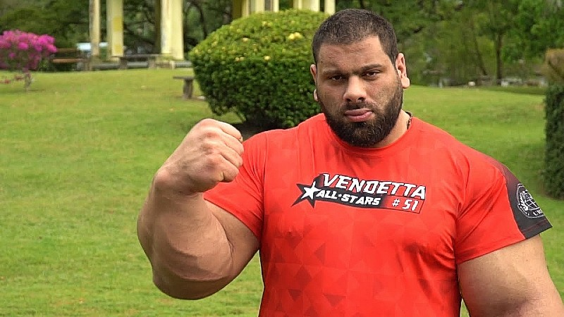 Levan Saginashvili the arm wrestler with big arms